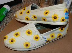 Tiny sunflowers Custom TOMS