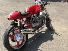 Racing Motorcycles, Motorcycles For Sale, Cafe Racer Girl, Honda Cb750, Bikes For Sale, Moto Guzzi, Car Shop, Road Racing, Long Legs