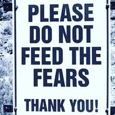 Por favor não alimente os medos. (Madonna via Twitter)