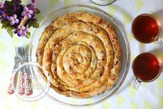 Leek Borek With Homemade Phyllo Recipe - Turkish Style Cooking Burek Recipe, No Bake Desserts, Dessert Recipes, Phyllo Recipes, Phyllo Dough, Mediterranean Dishes, Turkish Recipes, Bon Appetit, Food And Drink