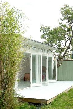 Love the doors and the low rise decking