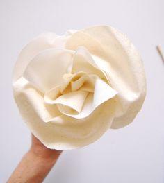 DIY Fabric Flowers by The Proper Pinwheel