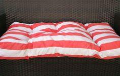 Cómo hacer un colchón (colchoneta o almohadones) tipo capitoné. Sencillo y barato para un sofá, tanto de interior como de exterior.