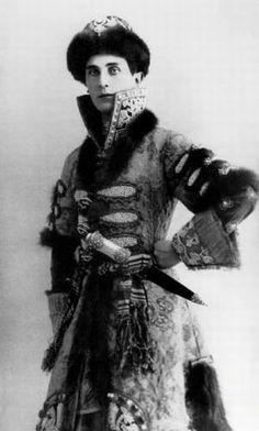 Felix Yussupov, c. 1912 (via Elizabeth Krasnykh on Felix Yussupoff and Russian Imperial Court)