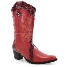 Bota Texana Laço de Prata, confeccionado em couro cereja com detalhes em bordado no cano e recostes de couro.Perfeita para mulheres que aderem ao estilo country!