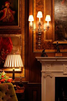 Interior Design Gallery of Interior Design Projects of Drawing rooms, Bedrooms… English Country Manor, English Manor Houses, English Style, Beautiful Interiors, Beautiful Homes, Chateau Hotel, Interior Design Gallery, Classic Interior, Country Decor