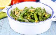 Vous ne savez pas quoi faire en entrée ? Voici notre recette de salade d'haricots verts et de maïs. C'est facile à faire et c'est délicieux.