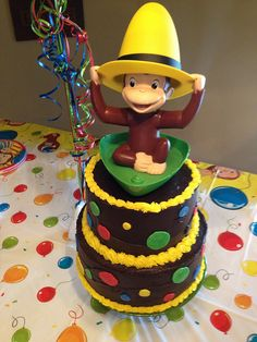 Curious George birthday cake, ANYA would DIE for this cake!!