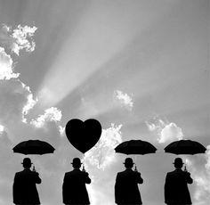 En las historias de amor, no siempre hay solo amor, a veces....no hay ni un te quiero!! Y sin embargo.....queremos.