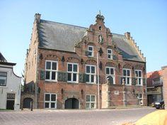 Het Raadhuis in Ooltgensplaat Goeree-Overflakkee