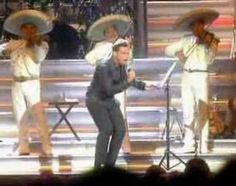 Luis Miguel - Y  (Video Oficial) En una visita a mi hermana en Phoenix, Az, coincidió un concierto de Luis Miguel al cual asistimos, me emocionó de forma diferente escuchar a mi mariachi.