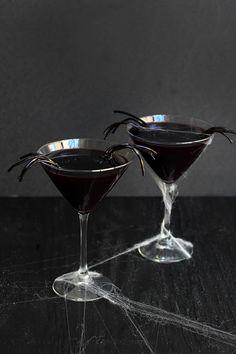 Black Licorice Widow Martini | Freutcake