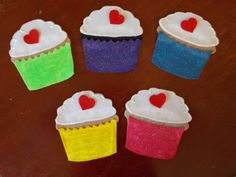 Fun with Friends at Storytime: Five Cupcakes for Valentine's Day