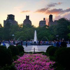 #washingtonsquarepark #washingtonsq #west4th #westvillage #nyc #fountains #sunset - http://washingtonsquareparkerz.com/washingtonsquarepark-washingtonsq-west4th-westvillage-nyc-fountains-sunset/