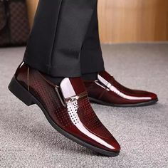 Men Microfiber Leather Hole Breathable Casual Formal Dress Shoes Mens Business Dress, Business Dresses, Business Shoes, Simple Shoes, Casual Shoes, Men Casual, Groom Wedding Shoes, Wedding Shoes For Men, Fashion Trends 2018