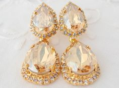 SALE Champagne Chandelier earrings, Bridal earrings, Bridesmaids gifts, Estate style jewelry, Dangle earrings, Drop earrings, Rhinestone ear