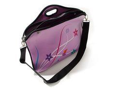 Case para Notebook Premium Rosa Flores da @relizabr:    http://www.reliza.com.br/produto/case-para-notebook-premium-rosa-flores