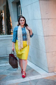 Some people think Fall is just for darker colors, but it's just as easy to wear your brights. Pair your favorite bright colored skirt with a neutral top and you've got a beautiful transition outfit.