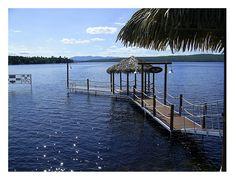 Lac-Mégantic en été au Parc des vétérans Marina Bay Sands, Building, Travel, Park, City, Viajes, Buildings, Traveling, Trips