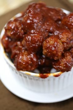 Crock Pot Chipotle Honey Meatballs Recipe. This recipe is the perfect Super Bowl Appetizer Recipe. So easy to make!
