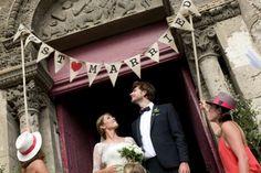 Résultats Google Recherche d'images correspondant à http://www.unbeaujour.fr/wp-content/uploads/2011/09/just-married-530x353.jpg