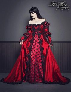 Renaissance goth dress dark red black lace