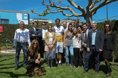 Rafa Nadal 21 April ·     Después de entrenar, hemos hecho un meet&greet con el equipo de Banc Sabadell. Aquí os dejo una foto:   After practicing, we've done a meet&greet with the team of Banc Sabadell. Here's a pic: