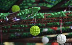 London's 33Foot Tall LEGO Christmas