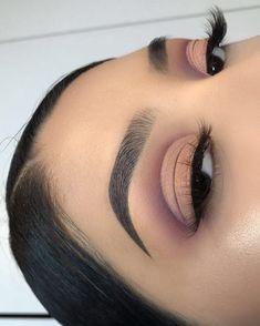 Gorgeous Makeup: Tips and Tricks With Eye Makeup and Eyeshadow – Makeup Design Ideas Glam Makeup, Skin Makeup, Eyeshadow Makeup, Makeup Inspo, Eyeshadows, Bridal Eye Makeup, Makeup Goals, Makeup Tips, Makeup Ideas