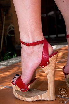 Strappy High Heels, Hot High Heels, High Heel Boots, Unique Heels, Ballet Heels, Extreme High Heels, Pantyhose Heels, Sexy Legs And Heels, Crochet Shoes