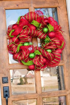 deco mesh christmas wreaths   christmas wreaths