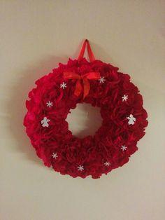 Handmade by HeidiH Door Wreaths, Origami, Crochet Earrings, Handmade, Crafts, Vintage, Door Hangers, Christmas Ideas, Hand Made