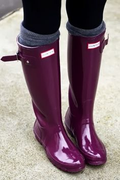 I love my black Hunters. I would love these purple or turquoise ones... especially the purple!