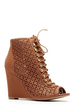 Bamboo Chestnut Lace Stud Cut Out Single Sole Wedges