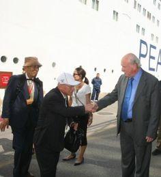 """Το """"Πλοίο της Ειρήνης"""" υποδέχθηκε η Διοίκηση του ΟΛΠ"""