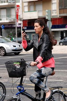 DSC_7027 by Lisbon Cycle Chic, via Flickr