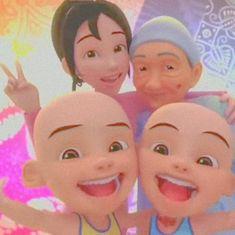 Aesthetic Girl, Aesthetic Wallpapers, Emoji, Disney Characters, Fictional Characters, Cartoon, Humor, Disney Princess, Memes