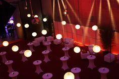 BACKSTAGE, mit Blick in die HALLE. Halle, Elegant, Backstage, Make It Happen, Classy, Chic