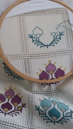 This post was discovered by Ay Wool Embroidery, Cross Stitch Embroidery, Embroidery Patterns, Knitting Patterns, Cross Stitch Art, Cross Stitch Designs, Cross Stitch Patterns, Palestinian Embroidery, Tablet Weaving