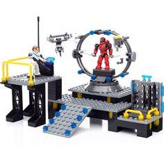 Mega Bloks Halo UNSC Infinity Armor Bay Halo Lego Sets, Lego Halo, Legos, Call Of Duty Toys, Halo Mega Bloks, Minecraft Toys, Mega Blocks, Lego Kits, Lego Military