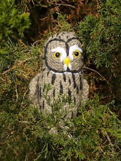 """Free pattern for Great Grey Crochet's """"Twilight the Great Grey Owl""""!"""