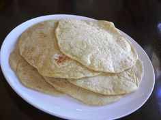 Homemade Flour Tortillas Recipe - My Kitchen Magazine Ingredients: 3 cups all-purpose flour 1 teaspoon kosher salt ½ teaspoon of baking powder 6 TBSP canola oil 1 cup of very hot water Directions: Mix together the flour, baking powder,
