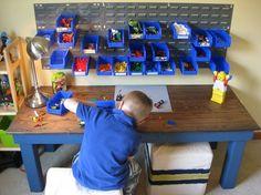 Love this idea to organize legos! Via for-the-kiddos o.O