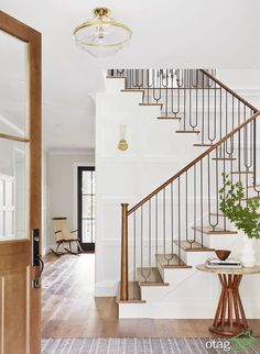 September Favorites Whats New Around The House foyer Modern Staircase, Grand Staircase, Staircase Design, Staircase Ideas, Spiral Staircases, Staircase Landing, Staircase Remodel, Railing Ideas, Entryway Ideas