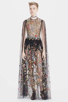 Christian Dior Pre-Fall 2017 Collection Photos - Vogue
