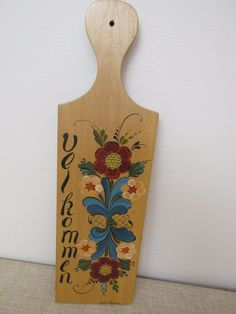 Vtg Norwegian WELCOME Wooden Maple Wall Hanging Cutting Board Rosemaling SIGNED | eBay