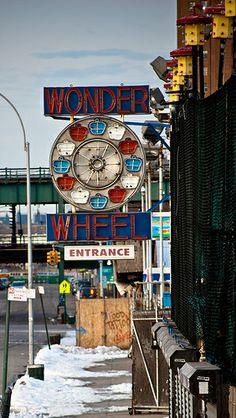 Coney Island - Wonder wheel, Shot at Coney island, New York. 13th February 2011 by Paul, via Flickr (CC BY-NC-ND 2.0)