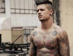 Martin Sand Abrenica #inked #ink #tattoos #tattoo #inkedguy #malemodel #inkedmag #tattooedmen #tattooedboys #menwithtattoos #boyswithtattoos
