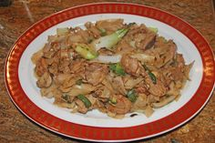 The Grub Files: Cooking with Camissonia: Stir-Fried Rice Noodles with Chicken and Black Bean Sauce