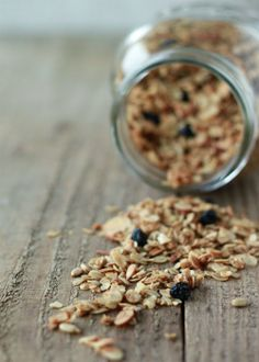 Learn how to make your own #granola http://www.kitchentreaty.com/how-to-make-granola/